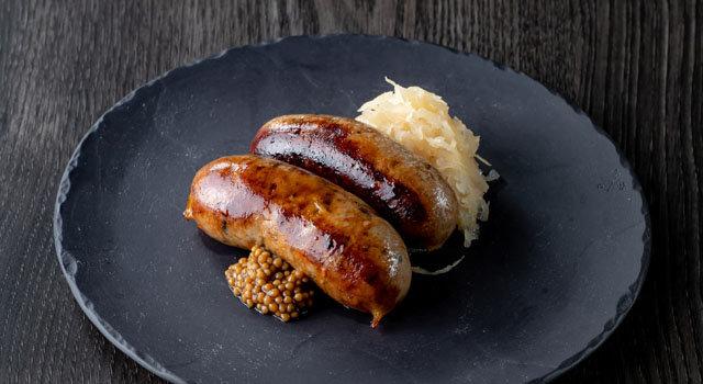 ラ・スイート特製シャルキュトリ 丹波黒豆味噌とモチ豚のソーセージサムネイル
