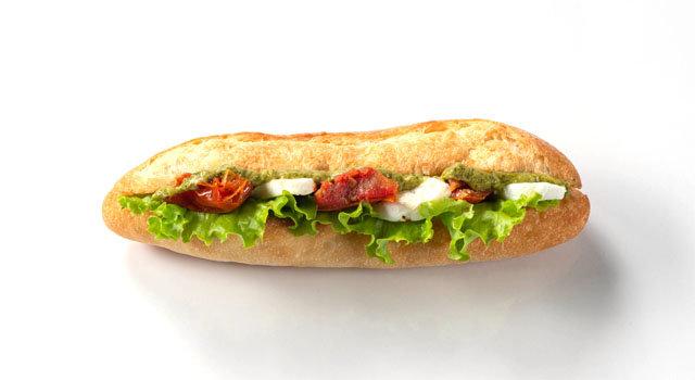 モッツァレラチーズとドライトマトのカプレーゼ風カスクートサムネイル