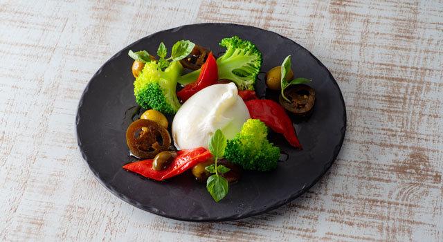 生モッツアレラと6種の野菜 ハラペーニョ風味サムネイル