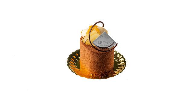 洋梨とプラリネショコラのムースサムネイル